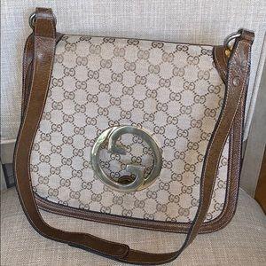 Gucci monogram sectional shoulder bag GG hardware